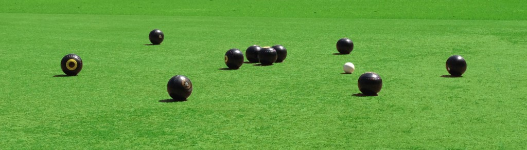 Barefoot Bowls at Wollstonecraft Club